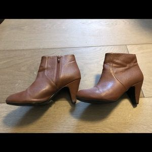HM ankle boots with heels